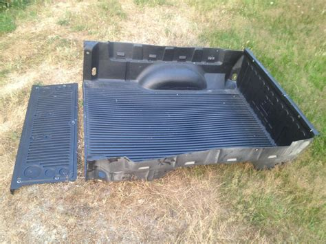 chevy colorado bed liner factory bed liner for 2004 2012 chevy colorado gmc canyon
