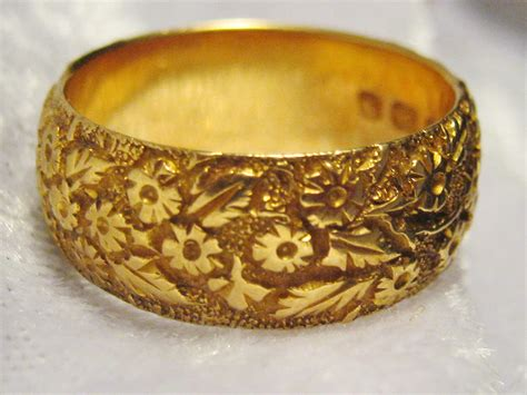 antique 18ct gold wedding band hobart town antique