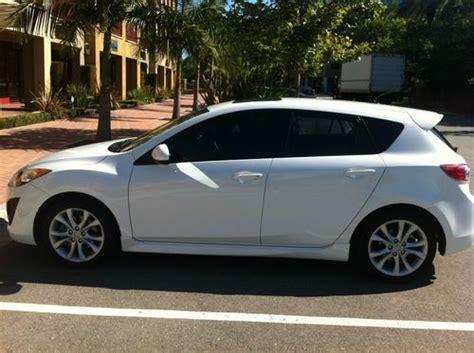 buy mazda 3 hatchback buy used 2011 mazda 3 s hatchback 4 door 2 5l pearl white