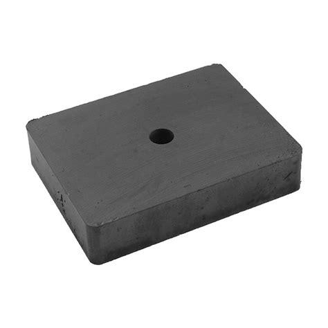 1 Ceramic Magnets - magnets