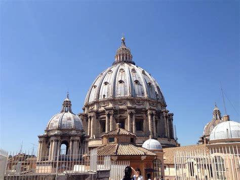 cupola di san pietro visita salire a piedi sulla cupola della basilica di san pietro