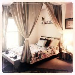 Canopy Bed With Curtains Diy Canopy Bed Rope Small Hooks And Cheap Curtains