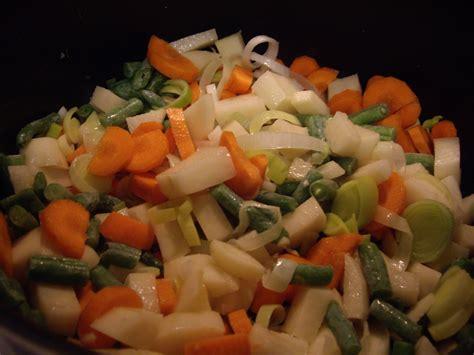 garden vegetable soup american food laboratory