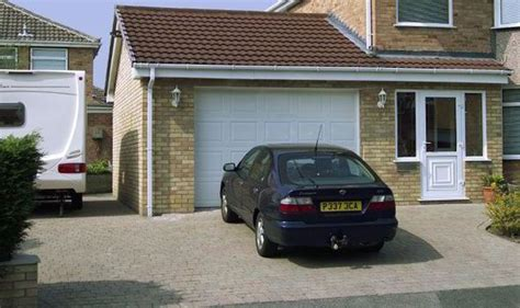 Insurance penalties to park your car in the garage   UK