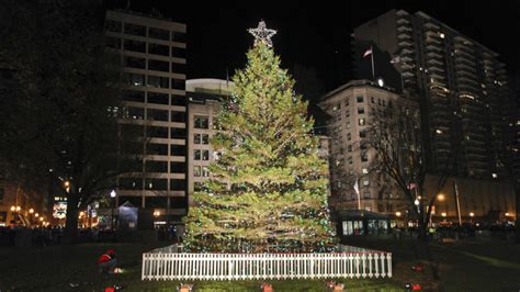Boston Tree Lighting by Get Into The Spirit Of The Season With One Of These Boston