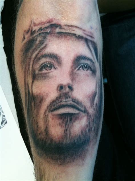 jesus tattoo using arm jesus tattoos and designs page 31