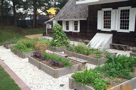 Kitchen Garden Design by Tips In Making A Kitchen Herb Garden Design Herb Garden