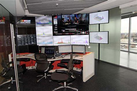war room project management inside nascar s social media war room power performance news