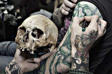 tattoo artist at work tattoos pinterest