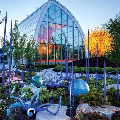 Chihuly Glass And Garden by Why We Chihuly Garden Glass In Seattle Pan