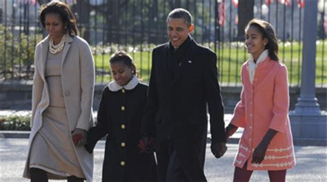 sasha and malia bedrooms in white house obama daughter bedroom images