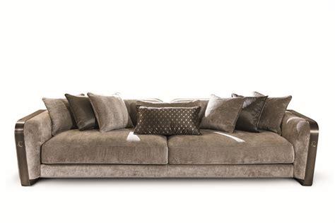 divano elegante divano in velluto e pelle dal design elegante idfdesign