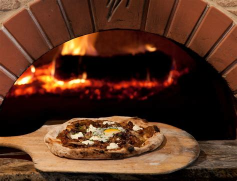 pizza oven why wood fired 187 authentic italian wood fired pizza ovens