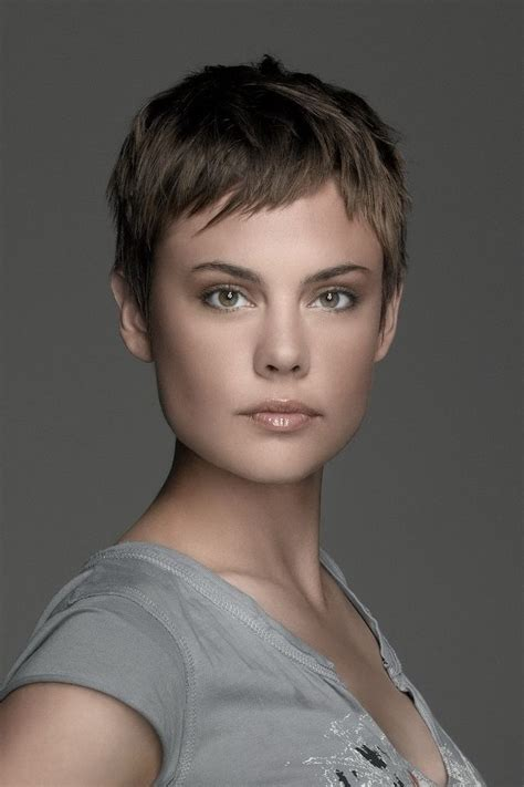 2 inch haircut for women of the all time best celebrity pixie cuts cut fearsome