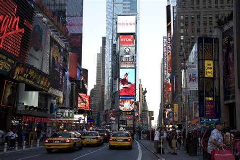 time square time square digital signage out of home communication