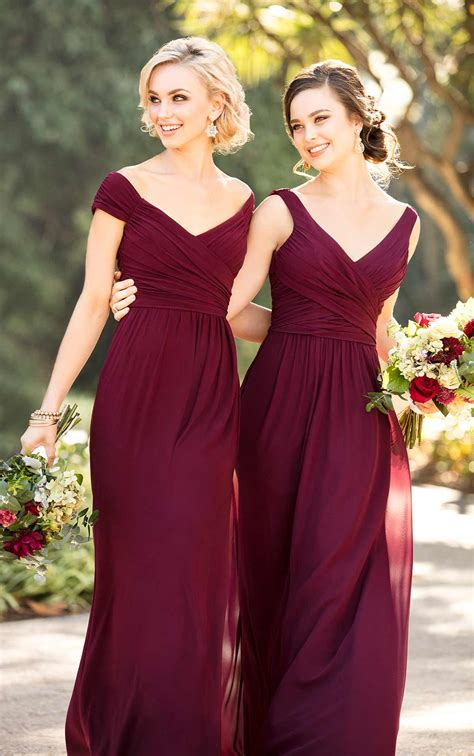 Simple Elegant Dresses For Wedding Guest
