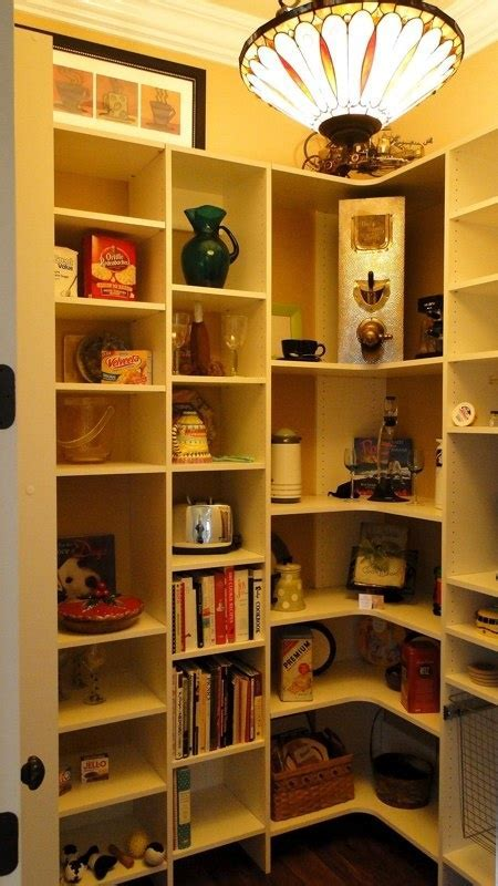 1000  images about LIGHTING   AUTOMATIC CLOSET/PANTRY