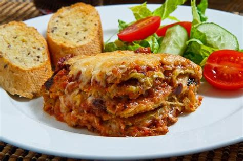 what to make with lasagna for dinner kcdz 107 7 fm lasagna on menu for thursday dinner at