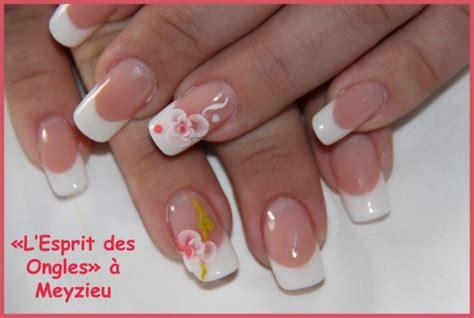 Modèle Ongle Fantaisie by L Esprit Des Ongles Ongles R 233 Sine Et Egl Onglerie