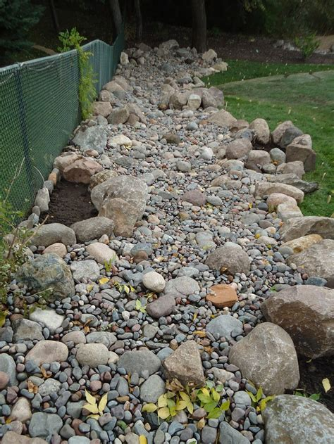 dry river bed landscaping dry river bed gardens designs landscaping professionals