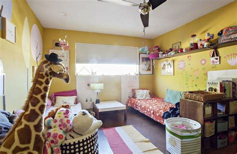 yellow kids bedroom 1000 ideas about yellow kids rooms on pinterest batman