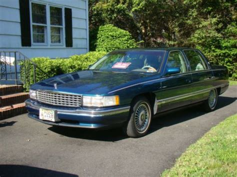 1995 cadillac deville 4 9 l owners manual sell used 1995 cadillac deville base sedan 4 door 4 9l in shrewsbury new jersey united states