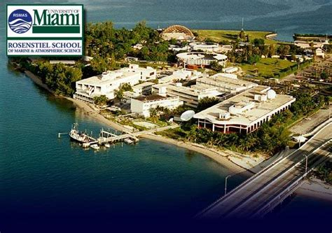 Um Mba Fees by The Of Miami Studentsreview Miami Cus Photos