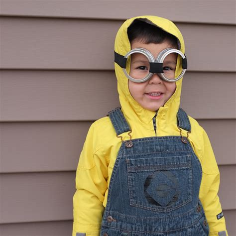 jar costume easy diy costume diy costumes minion and pan s shadow