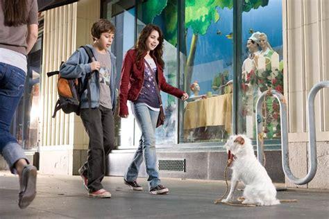 film avec emma roberts photo de emma roberts palace pour chiens photo emma