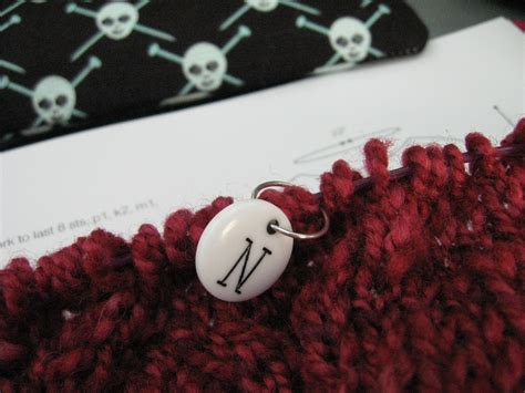 knitting markers what is a knitting stitch marker