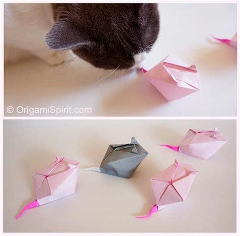 Origami Cat Ears - origami cat ears bearsvsgiants f0081c9f5883
