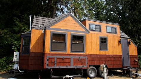 Video Tour Engineer S Expanding Tiny House Expandable Tiny House