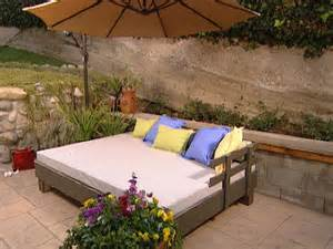 Diy Outdoor Daybed Build An Outdoor Daybed Hgtv