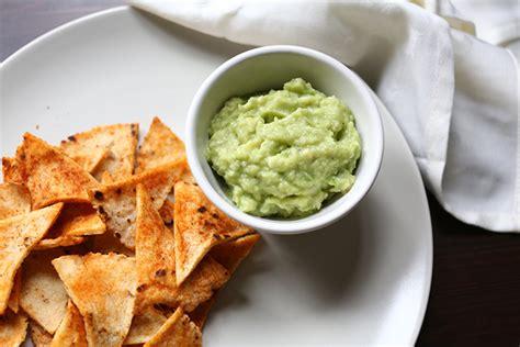 Delicious Healthy Guacamole - The Tortilla Channel Guacamole And Tortilla Chips Healthy