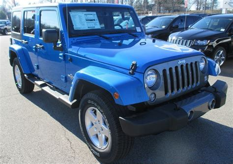 Hydro Blue Jeep Hydro Blue 2014 Jeep Wrangler Unlimited Paint Cross