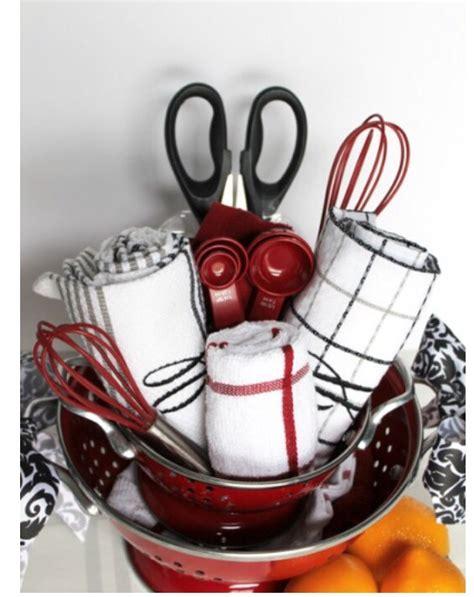 house warming gift ideas trusper house warming gift quot basket quot trusper