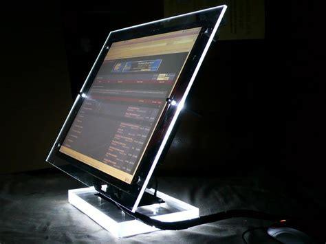 monitor senza cornice questo ragazzo ha fatto un monitor veramente bello e