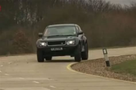 land rover bowler exr s battle of the brits video caterham seven super sport vs