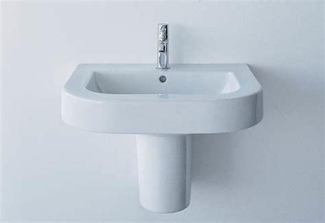 duravit happy d bathtub happy d wash basin by duravit stylepark