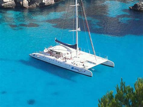 catamaran trip pack excursi 243 n catamar 225 n y ruta kayak cuevas sesi 243 n de
