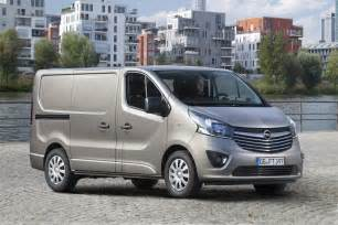 Opel Minibus 2015 Opel Vivaro Commercial Revealed Gm Authority