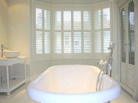 bathroom bay window 1000 images about bay window shutters on pinterest plantation shutter no strings