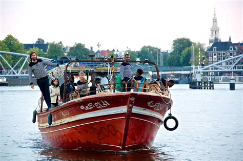 refugee boat tour amsterdam refugee canal boat tours bring migrant stories to
