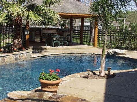 Patio Designs With Pool Tropical Backyard Pool Kitchen Patio Ideas Pool