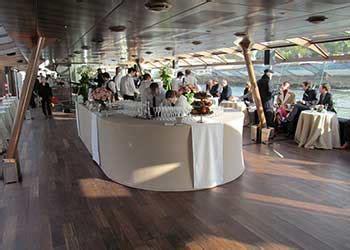 bateau mouche mariage privatiser un bateau location de salle 224 paris bateaux