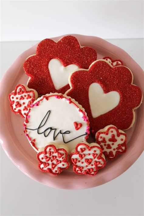 valentines decorated cookies themed decorated cookies for valentine s day