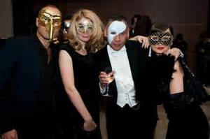 Dinner Party Agenda - the hague masquerade from holland with love