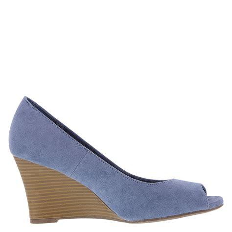 Dexflex Comfort Payless Brand Peep Toe Heels dexflex comfort kylee s peep toe wedge heel payless