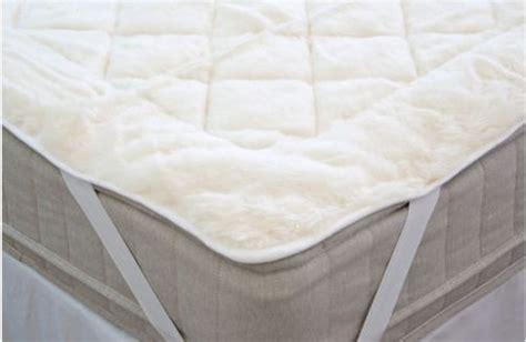 Australian Wool Mattress Topper by Australian Wool 100 Cotton Reversible Mattress Topper