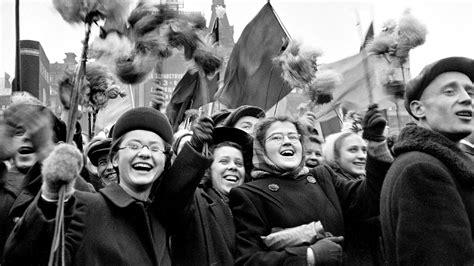 El D 237 A De La Revoluci 243 N De Octubre 191 C 243 Mo Se Celebraba